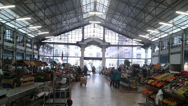 Der Zentralmarkt von Cais de Sodré